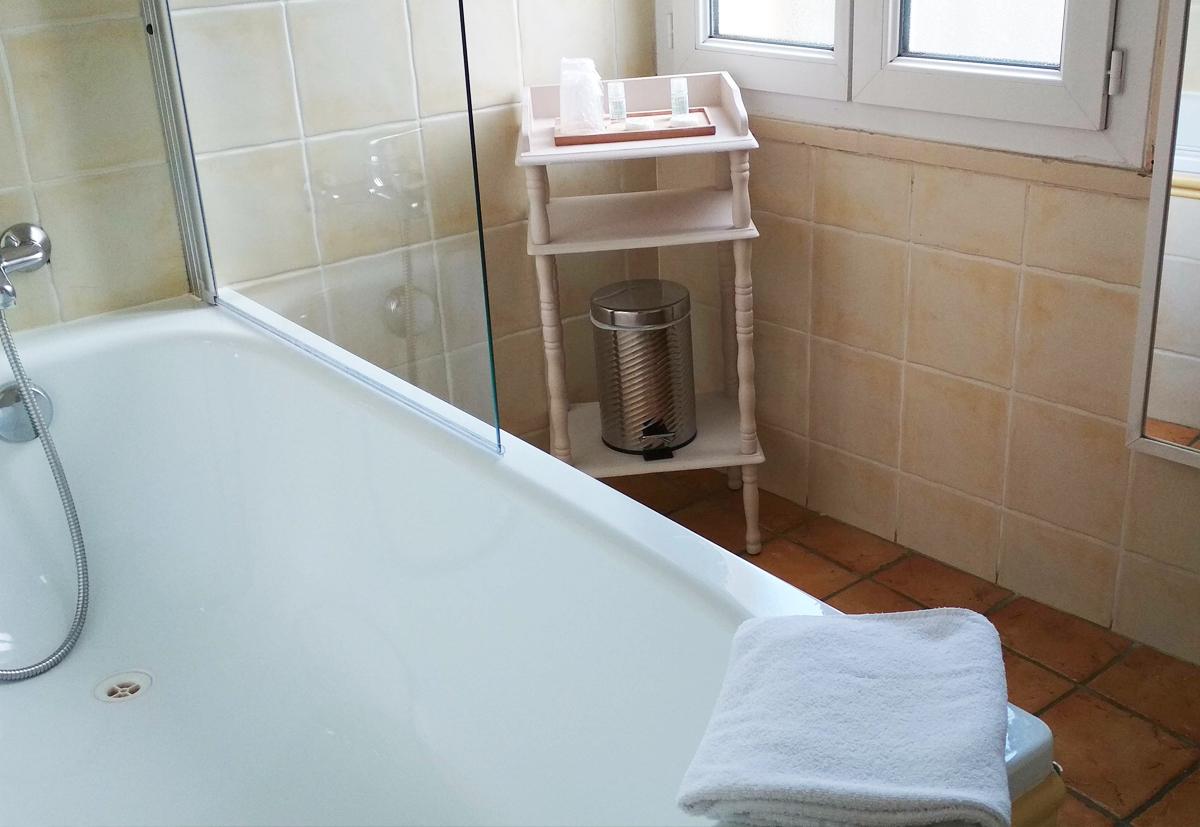 Chambre avec baignoire Isle sur la Sorgue