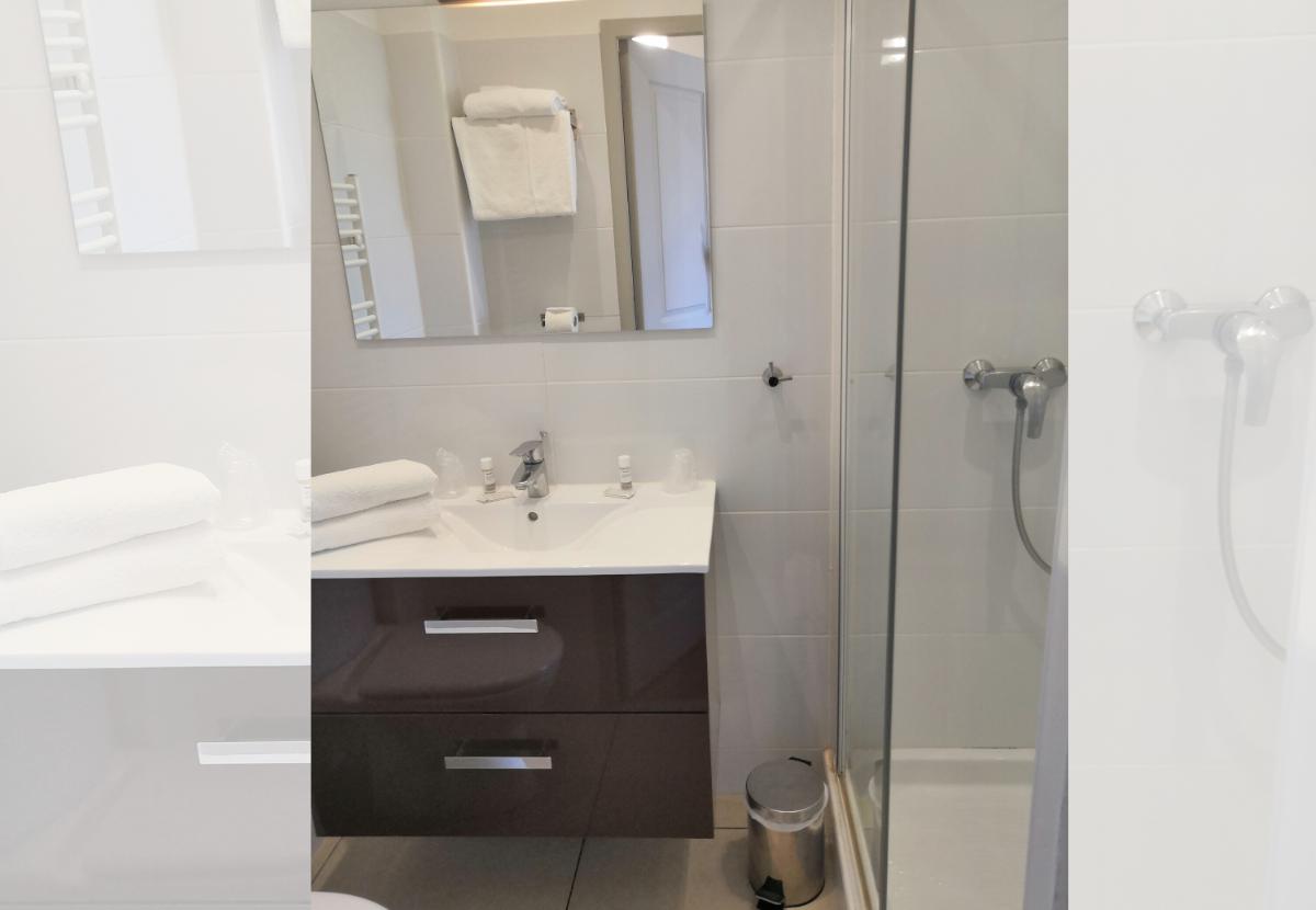salle de bains chambre 4 les terrasses