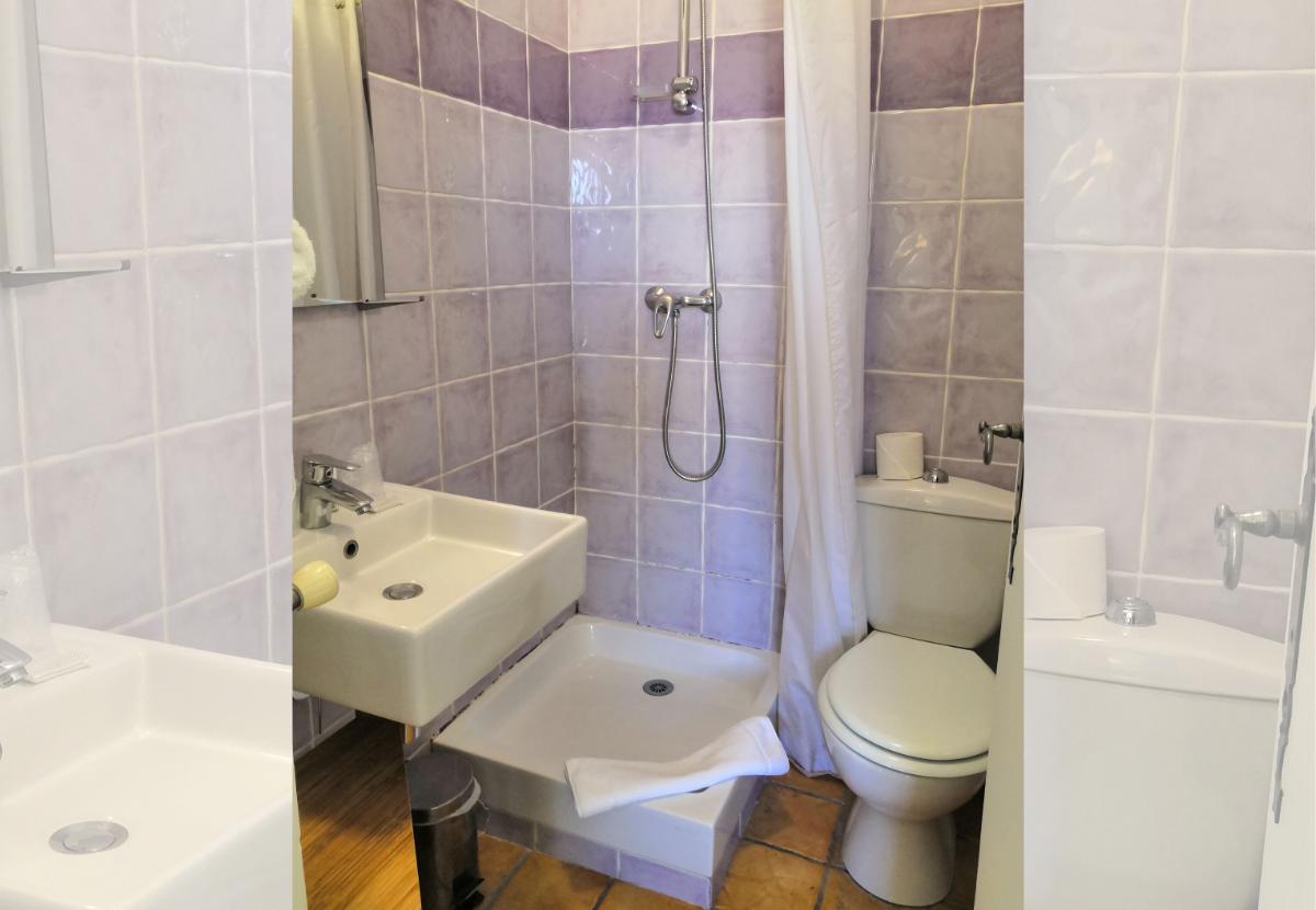 salle de bains hôtel isle sur la sorgue